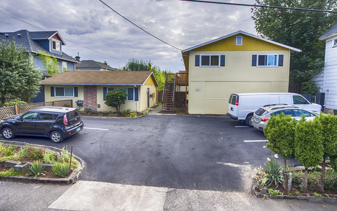 New Listing: 5 Units, 519 SE 20th, Portland, Oregon: $1,100,000