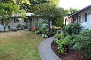 The Owner Appreciates Quality Tenants Who Tend Beautiful Gardens!