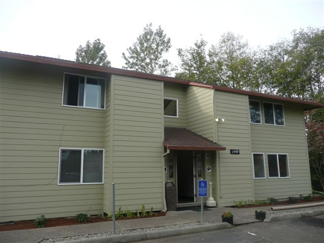 Apartment for Sale in Gresham, Oregon by Bernard Gehret