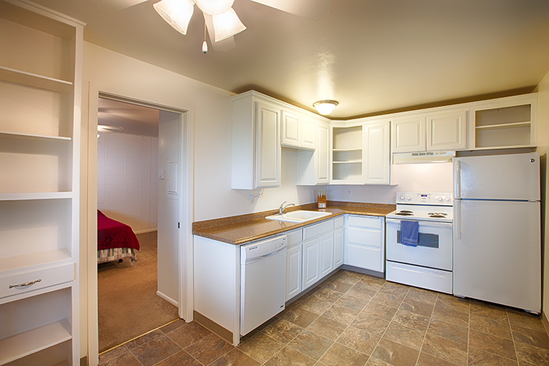 Spacious one bedrooms in the Rancho Real Apartments