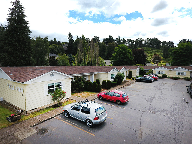 SOLD! 26 Units, Silverton, Oregon:  $1,800,000