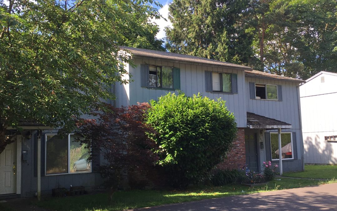 "SOLD! 8 Unit ""Rehab"" Property: Gladstone, Oregon:  $750,000"