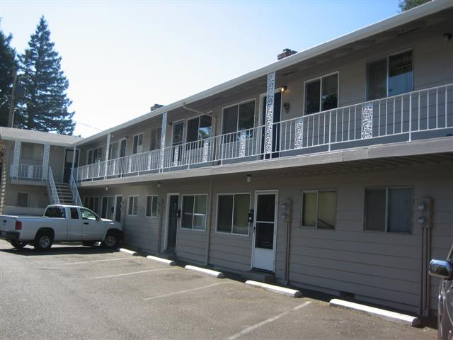 SOLD! 12 Units, Salem, Oregon: $850,000