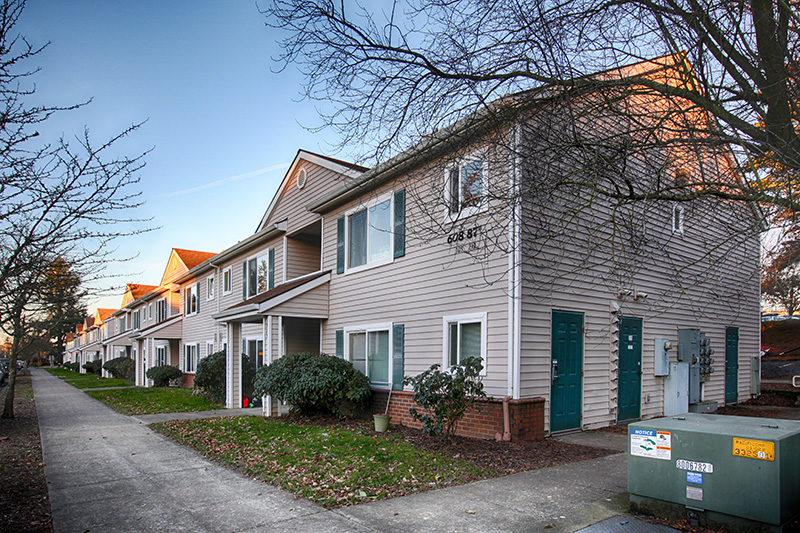 SOLD!  75 Units, NE Portland, Oregon