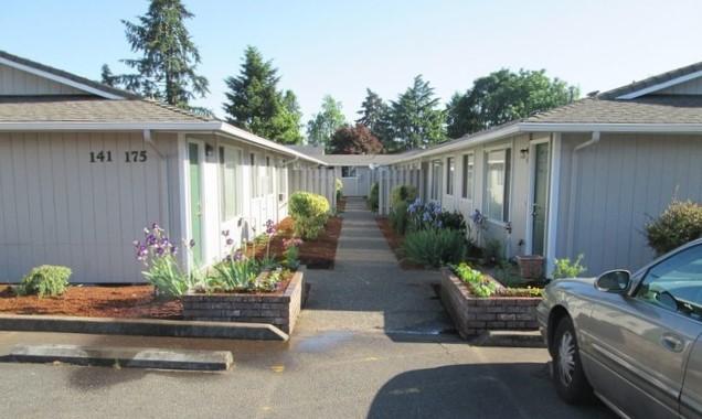 SOLD: 10 Units, Salem, Oregon: $1,100,000