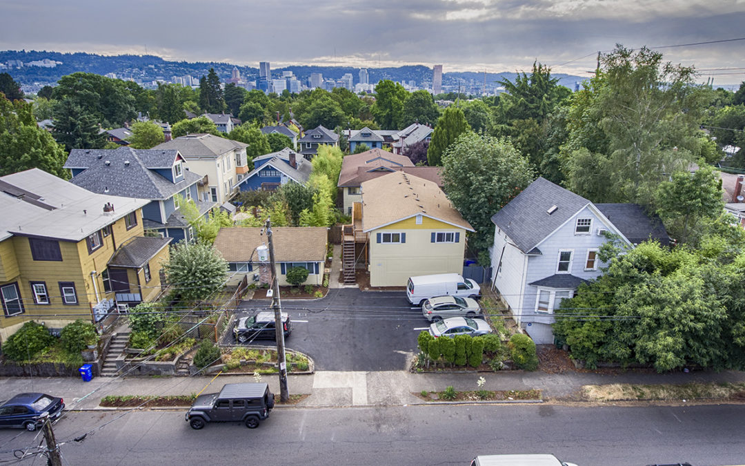 SOLD! 5 Units, Close-In SE Portland: $1,125,000