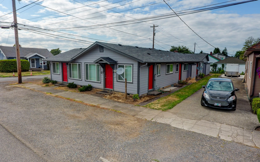 SOLD! 5 Units, 9105 NE Hoyt Street, Portland, Oregon:  $630,000